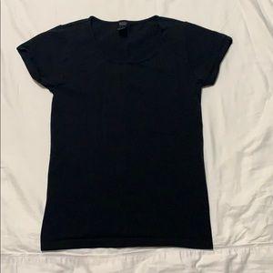 Women's black t shirt